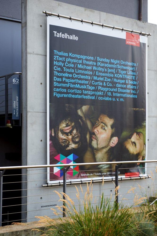 planx-Tafelhalle-Spielzeit2012-13-Betonbanner02